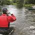 AQUAPAC funda estanca y sumergible para camara - 408 pequeña - dentro del rio